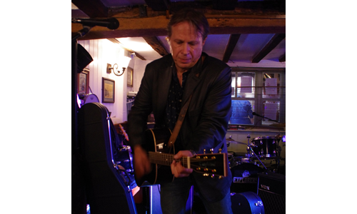Andrew Shearer@ The Monument Newbury. Photo by Wendy Page